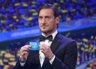 """Totti ci ricasca: bufera social per un """"like"""" alla sconfitta della Roma"""