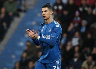 Cristiano Ronaldo, record come Batistuta che lo punge sui social