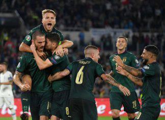 Italia, svelata la maglia per Euro 2020