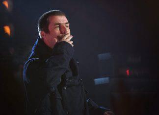 Liam Gallagher esulta per il Manchester City