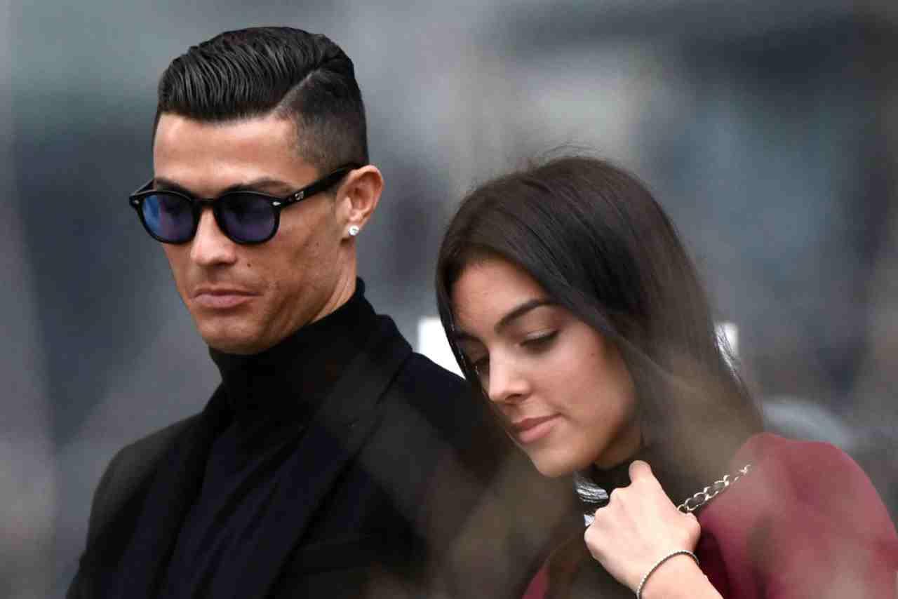 Cristiano Ronaldo, giallo sulla sua presenza a Sanremo. E stasera c'è Georgina