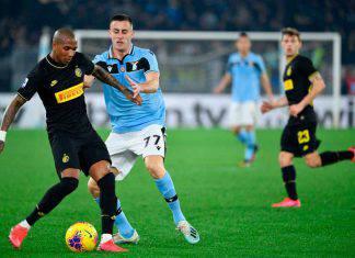 Lazio-Inter 2-1, Immobile e Milinkovic annullano Young, il sogno scudetto prosegue
