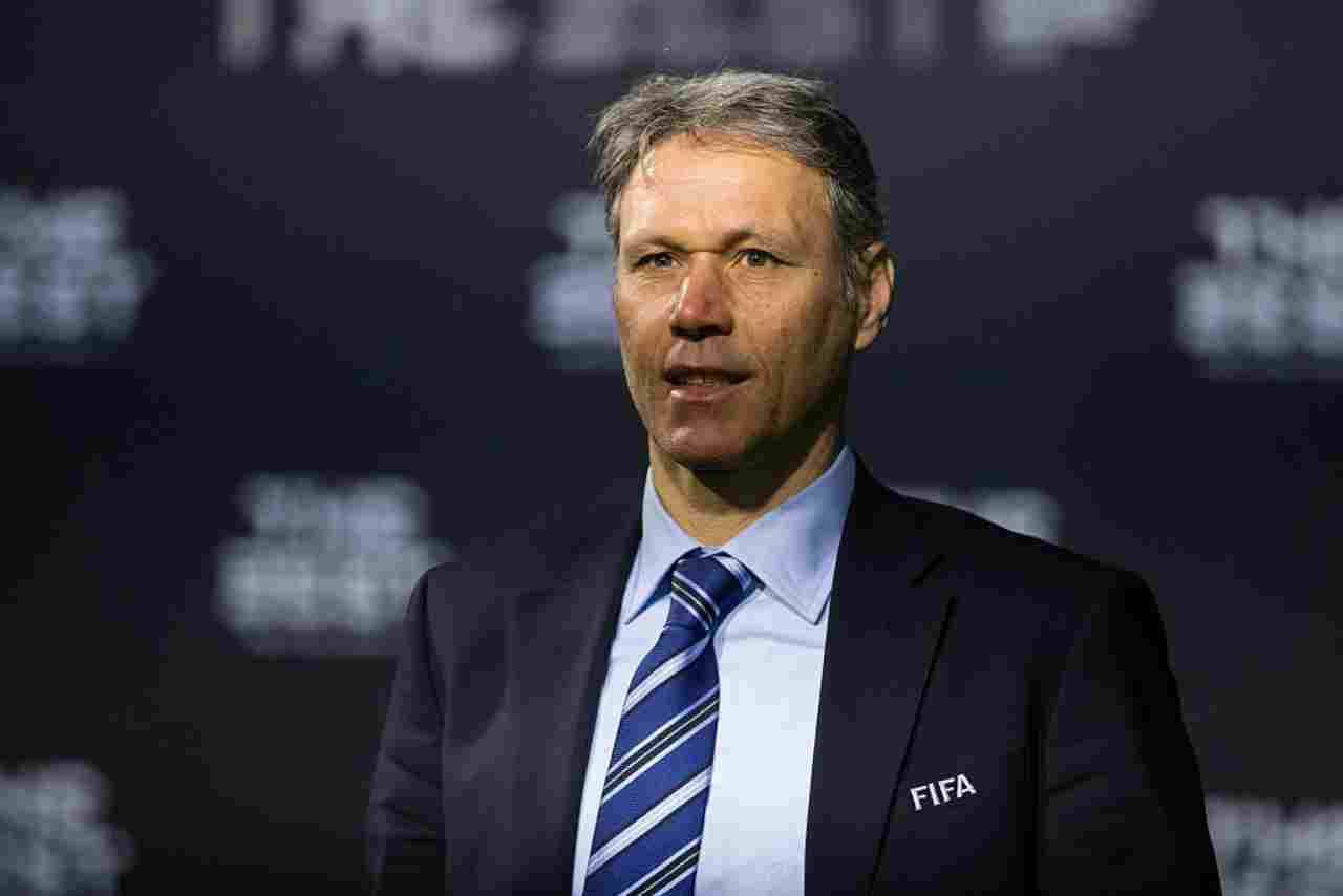"""Milan, van Basten, che stoccata a Sacchi: le """"accuse"""" dell'ex attaccante"""