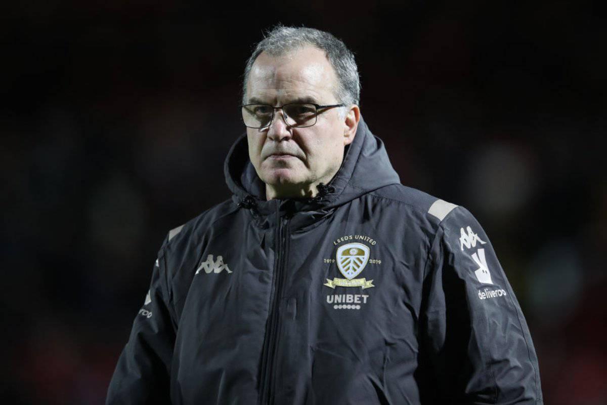 Bielsa e i giocatori del Leeds si tagliano lo stipendio