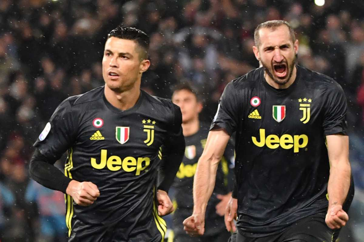 Juventus, confronto negli spogliatoi: Ronaldo a colloquio con i compagni. Buffon e Chiellini protagonisti