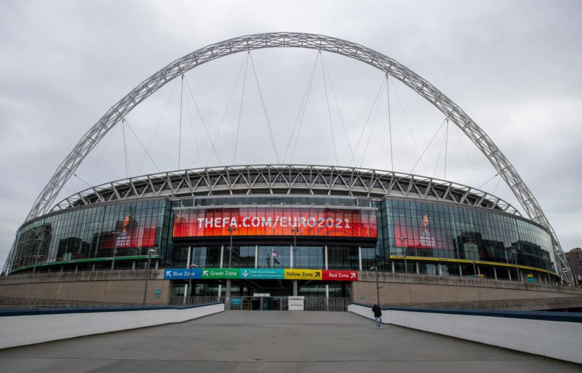 Inghilterra-Italia, Wembley diventa tricolore per la partita che non c'è - FOTO