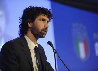 Serie A, Tommasi si arrende: l'annuncio sul prosieguo del campionato