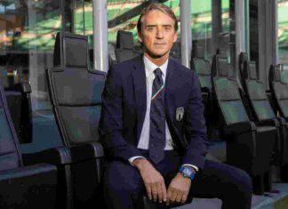 """Mancini chiama De Rossi e carica: """"Nel 2021 possiamo vincere l'Europeo"""""""