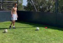 """Juve, Rabiot gioca in giardino: """"Arriveranno giorni migliori"""" - VIDEO"""