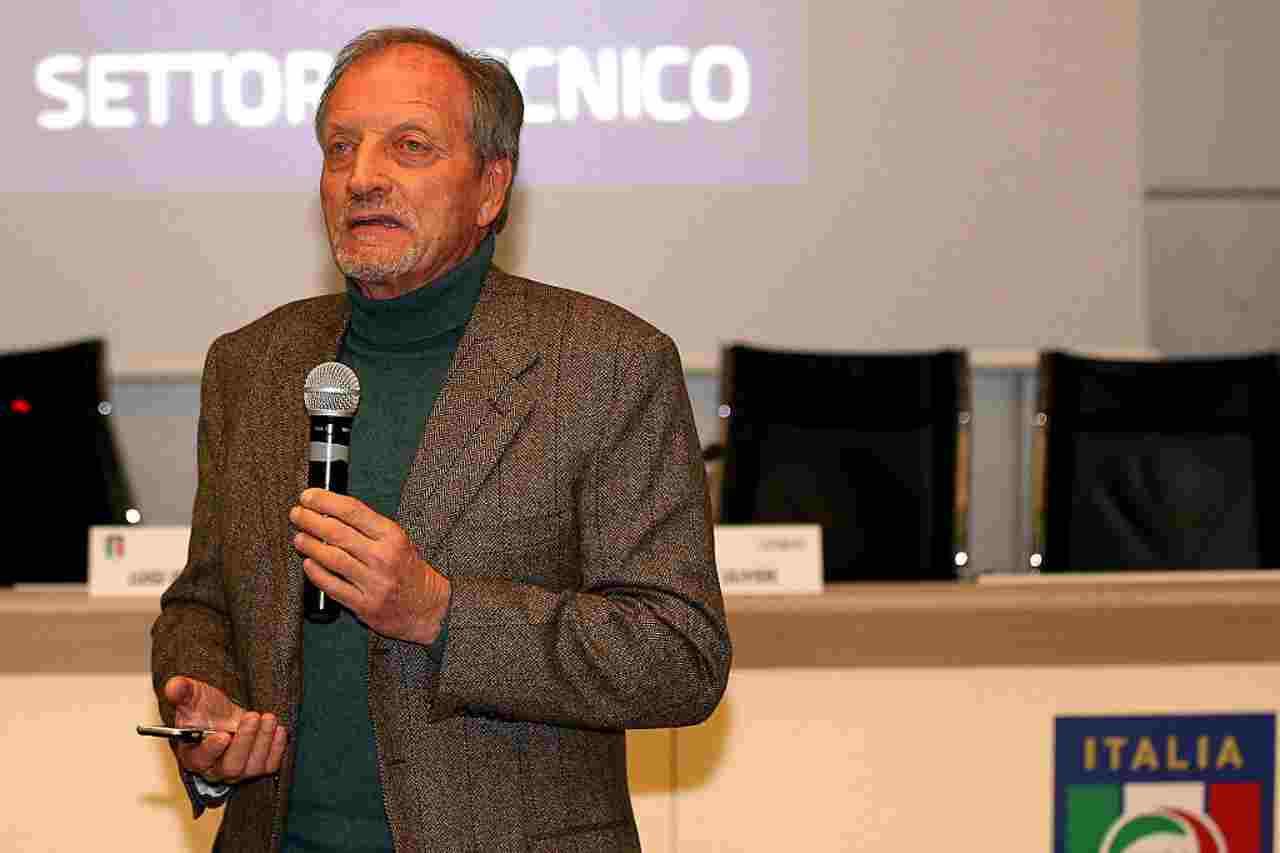 Renzo Ulivieri, presidente dell'AIAC, ha manifestato il suo sostegno a Stellone