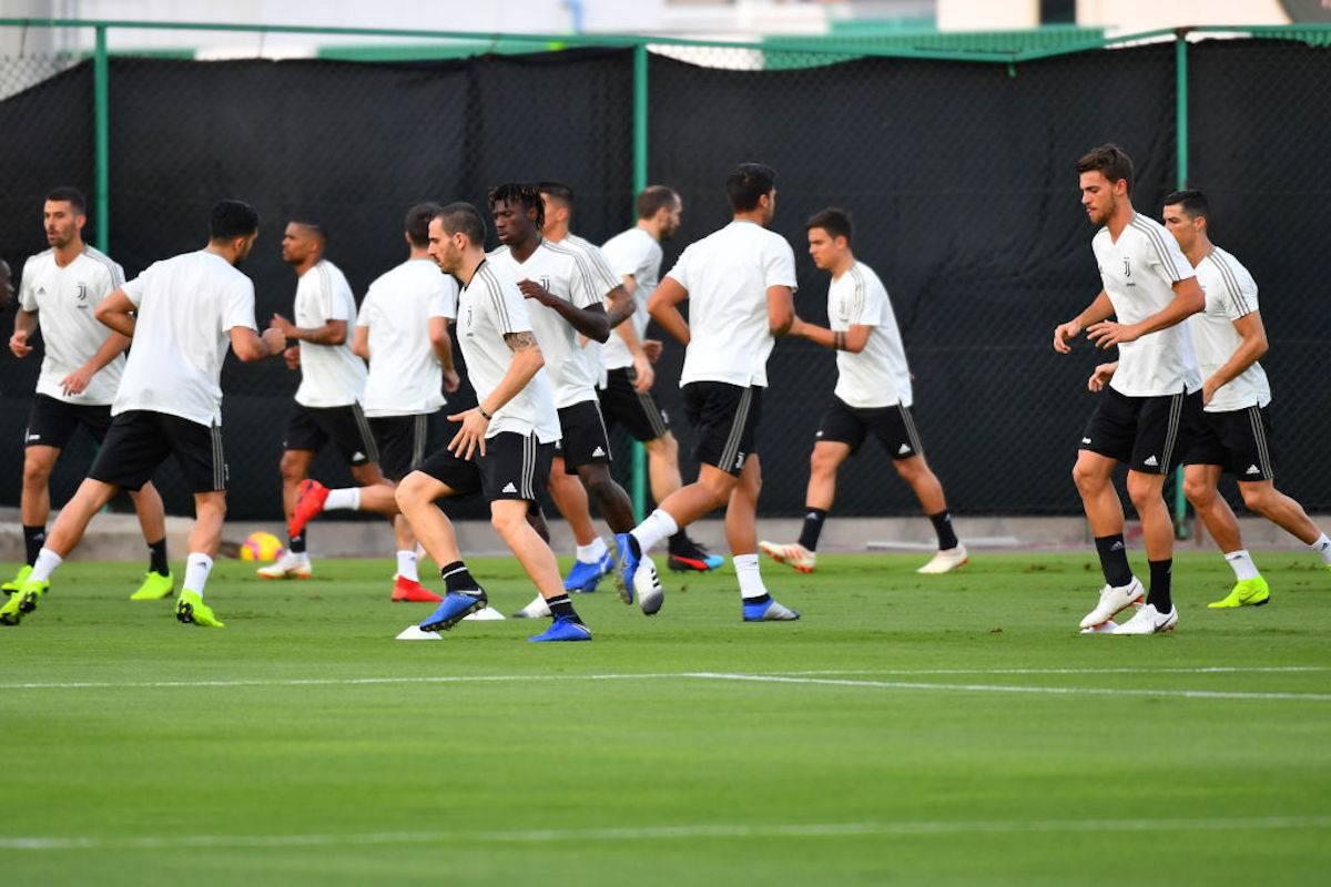 Juventus, gli infortuni di Alex Sandro e Khedira