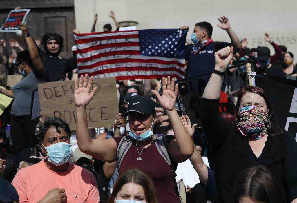 Blackout Tuesday, anche il calcio partecipa alla protesta (Getty Images)