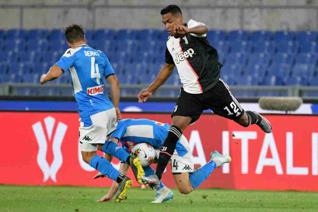 Juventus, stop per Alex Sandro e Khedira: infortunio e tempi di recupero