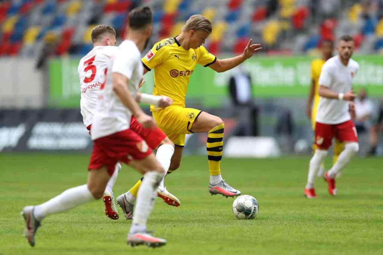 Bundesliga: il Borussia Dortmund frena, il Bayern Monaco vede il titolo