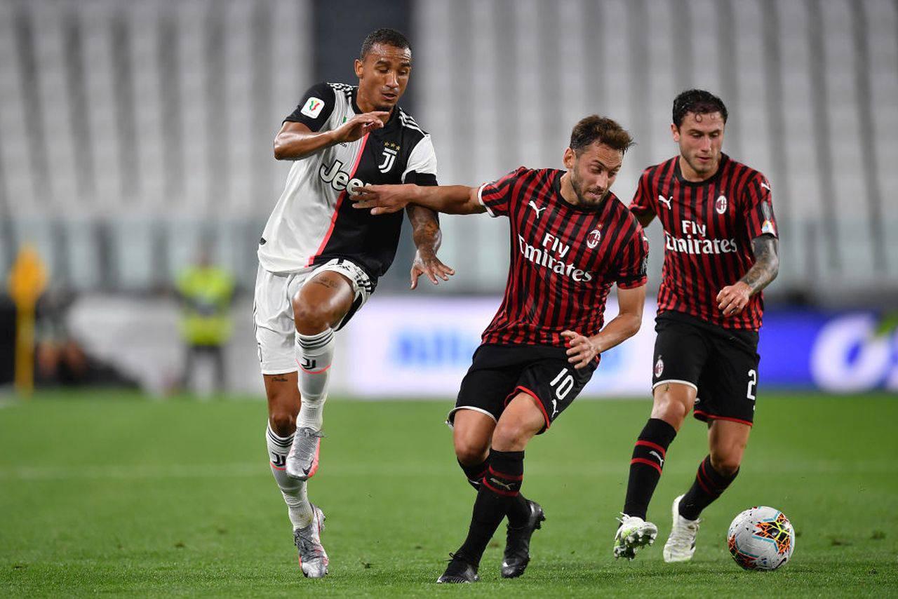 Pierre Kalulu al Milan: il terzino del Lione primo acquisto dei rossoneri