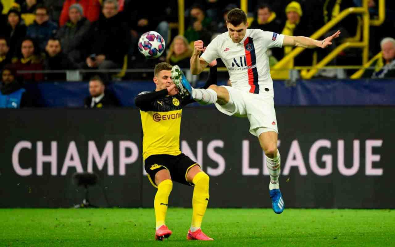 Meunier in azione contro il Borussia Dortmund in Champions League