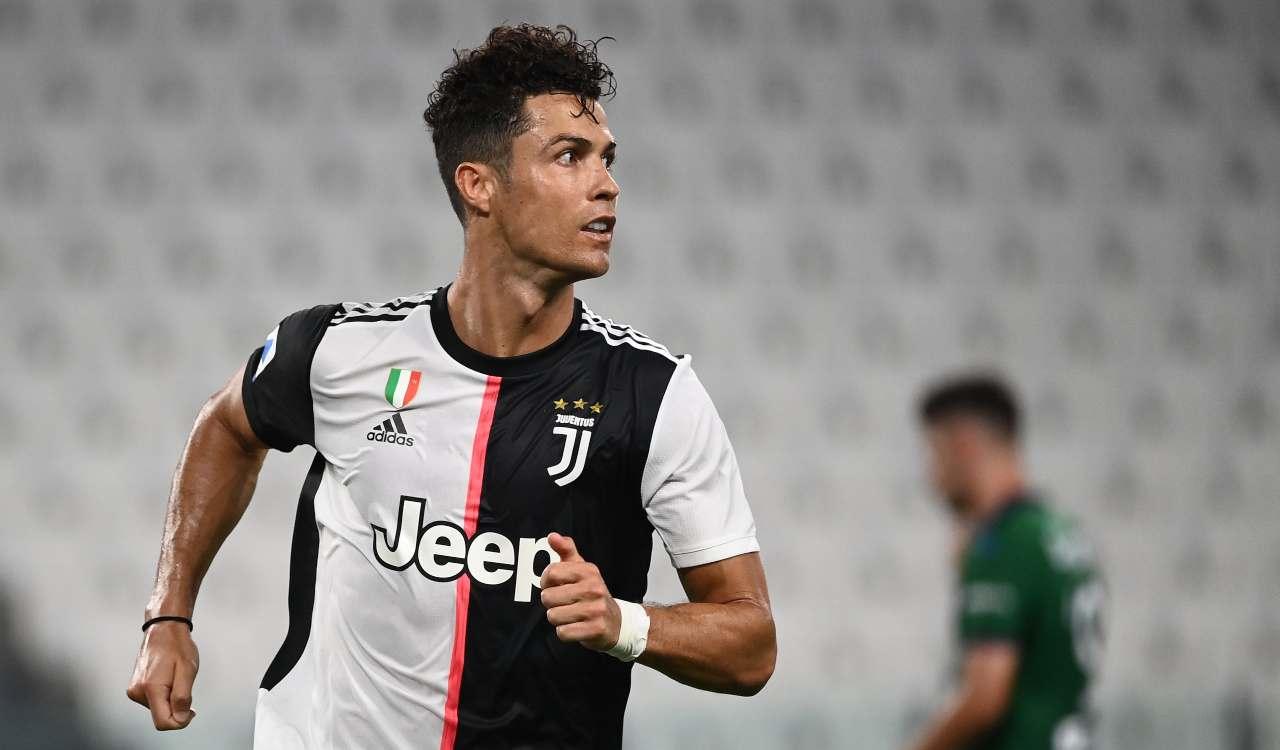 Ronaldo dona la sua maglia