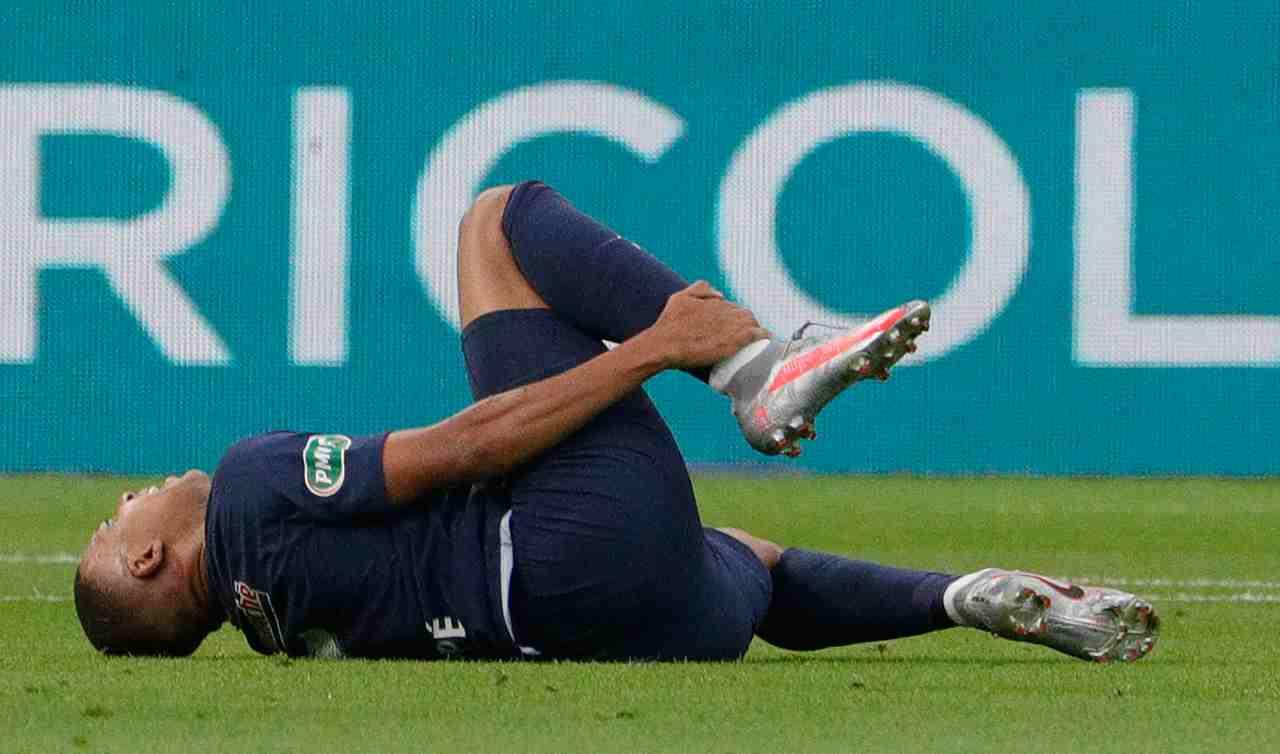 Champions League, Atalanta-PSG: infortunio Mbappé, i tempi di recupero