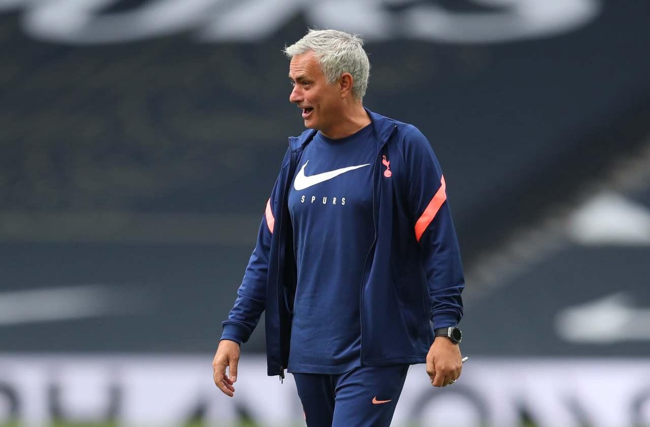 "Mourinho è ""All or nothing"": la reazione alle critiche è già un cult - Video"