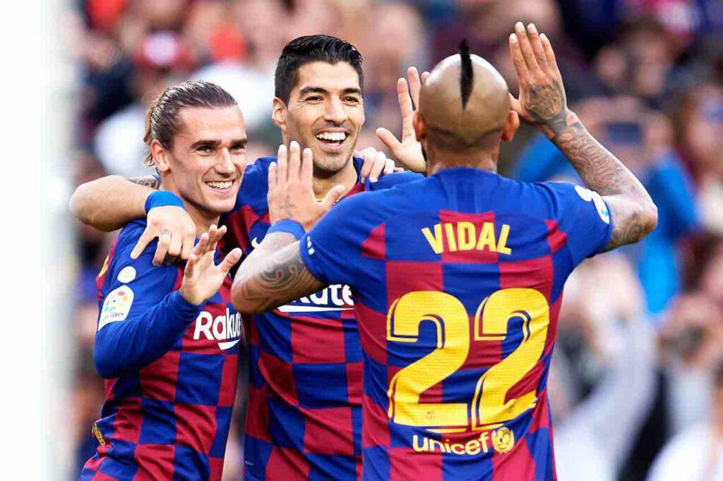 Suarez e Vidal si allenano con il Barcellona: Inter e Juve ancora lontane (Getty Images)
