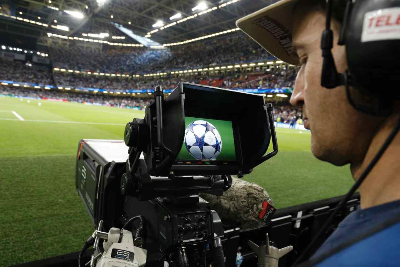 Champions League, corsa ai diritti tv: Sky e Mediaset sorpassano Dazn