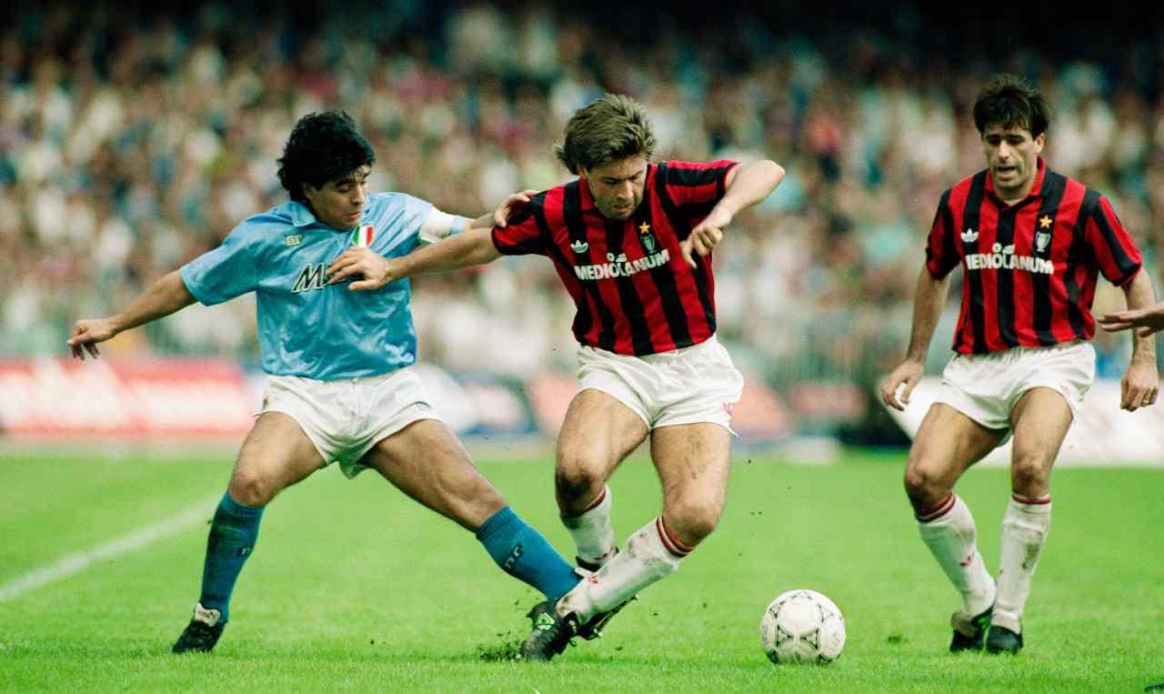 Maradona contro il Milan, la guerra dei mondi