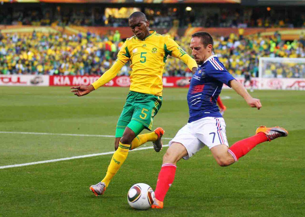 Addio ad Anele Ngcongca, morto in un incidente il calciatore 33enne (Getty Images)