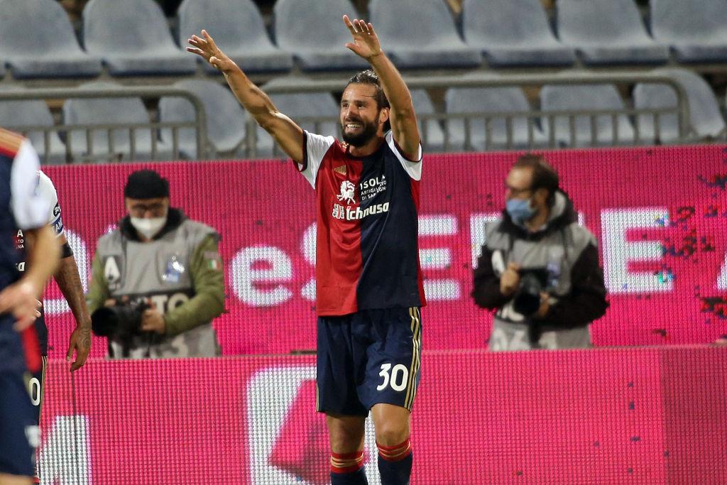 Pavoletti, il Milan interessato all'attaccante (Getty Images)