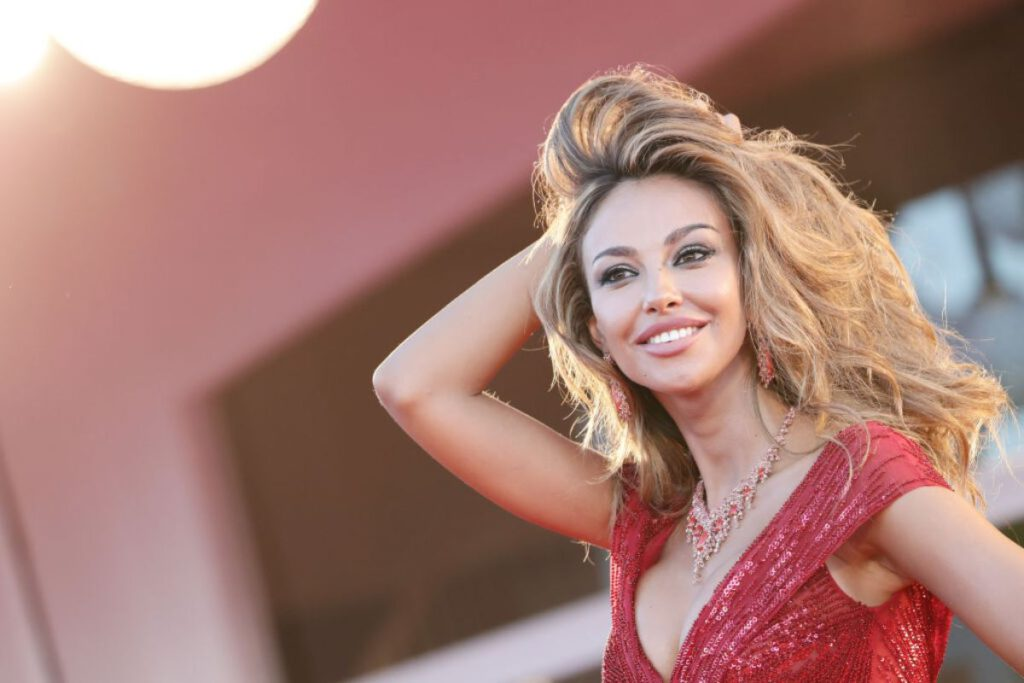 Madalina Ghenea vertiginosa in allenamento (Getty Images)