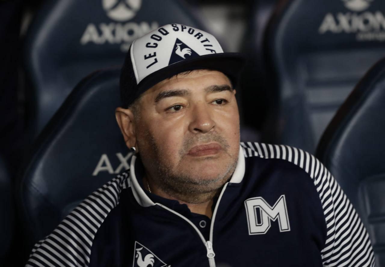 Maradona accuse Luque