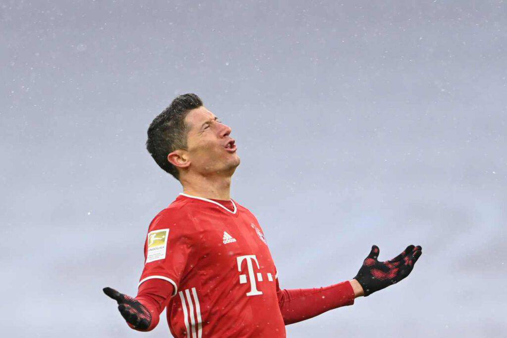Lewandowski, il tweet di Pistocchi sul centravanti (Getty Images)