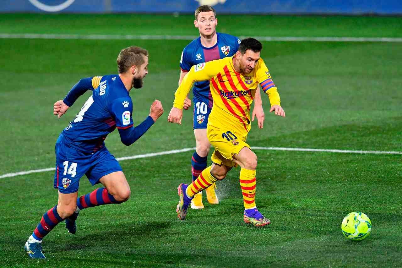 Liga, le 500 di Messi che insegue Xavi