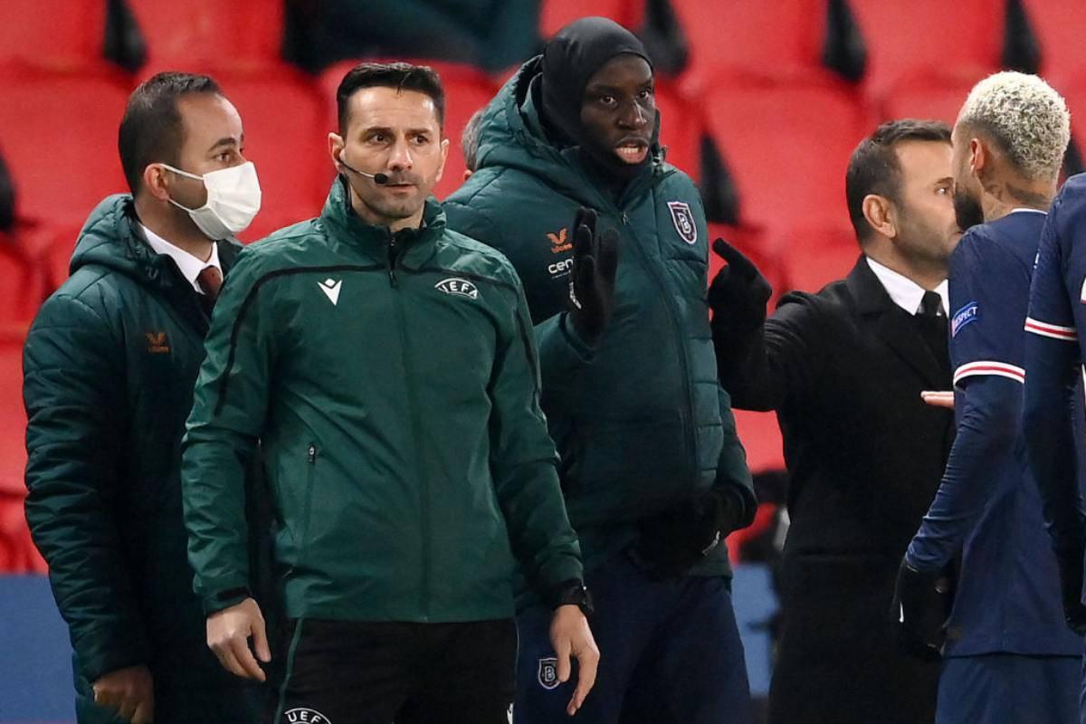 UEFA PSG Basaksehir Razzismo