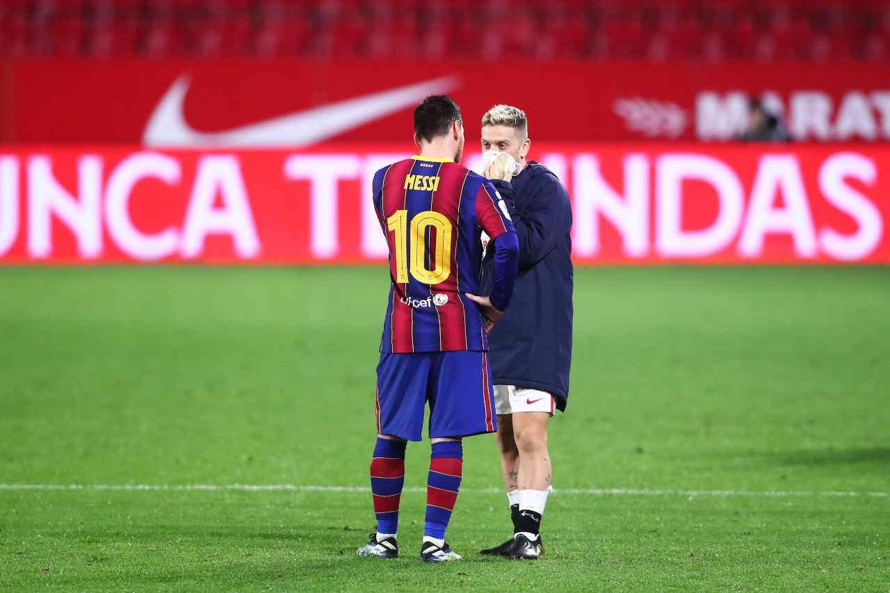 Papu Gomez con Messi dopo Siviglia-Barcellona di Coppa del Re (foto Getty)
