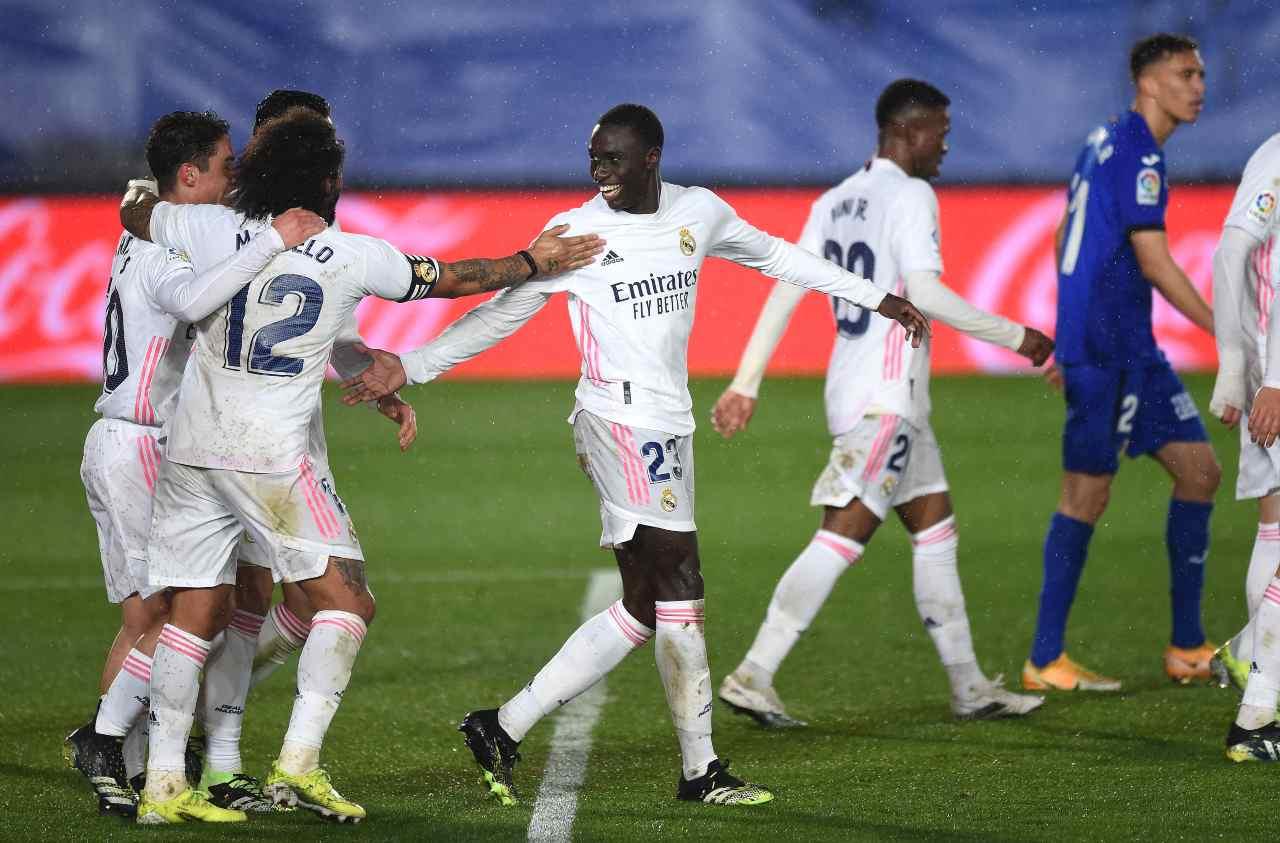 Real Madrid, Benzema e Mendy stendono il Getafe