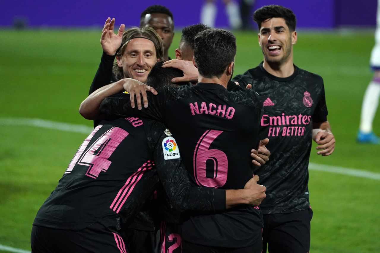 Real Madrid, vittoria e Liga riaperta: il Levante sorprende l'Atletico