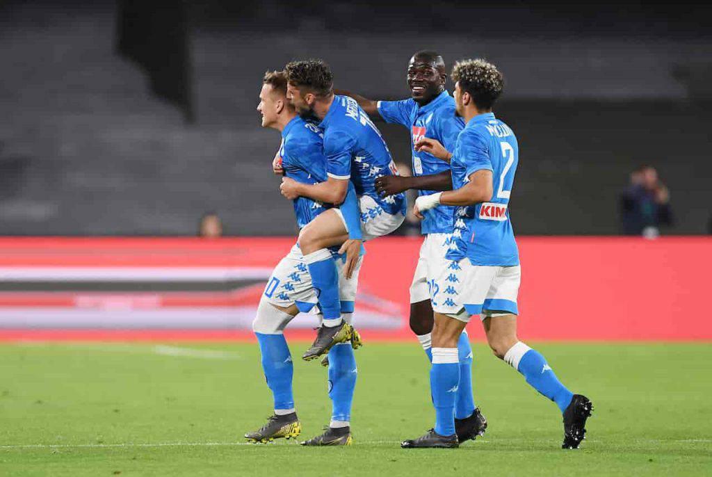 Napoli nuova maglia divide i tifosi (Getty Images)