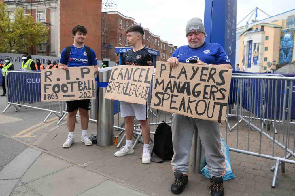 No alla Superlega, proteste a Stamford Bridge (Getty Images)