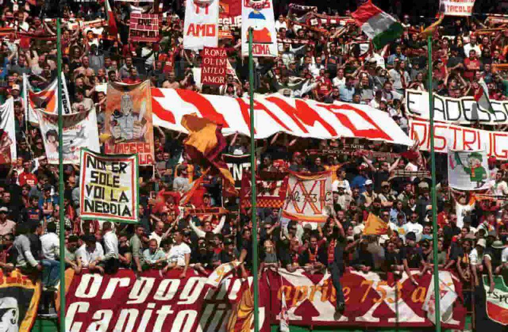 Roma ultras faccia a faccia con la squadra (Getty Images)