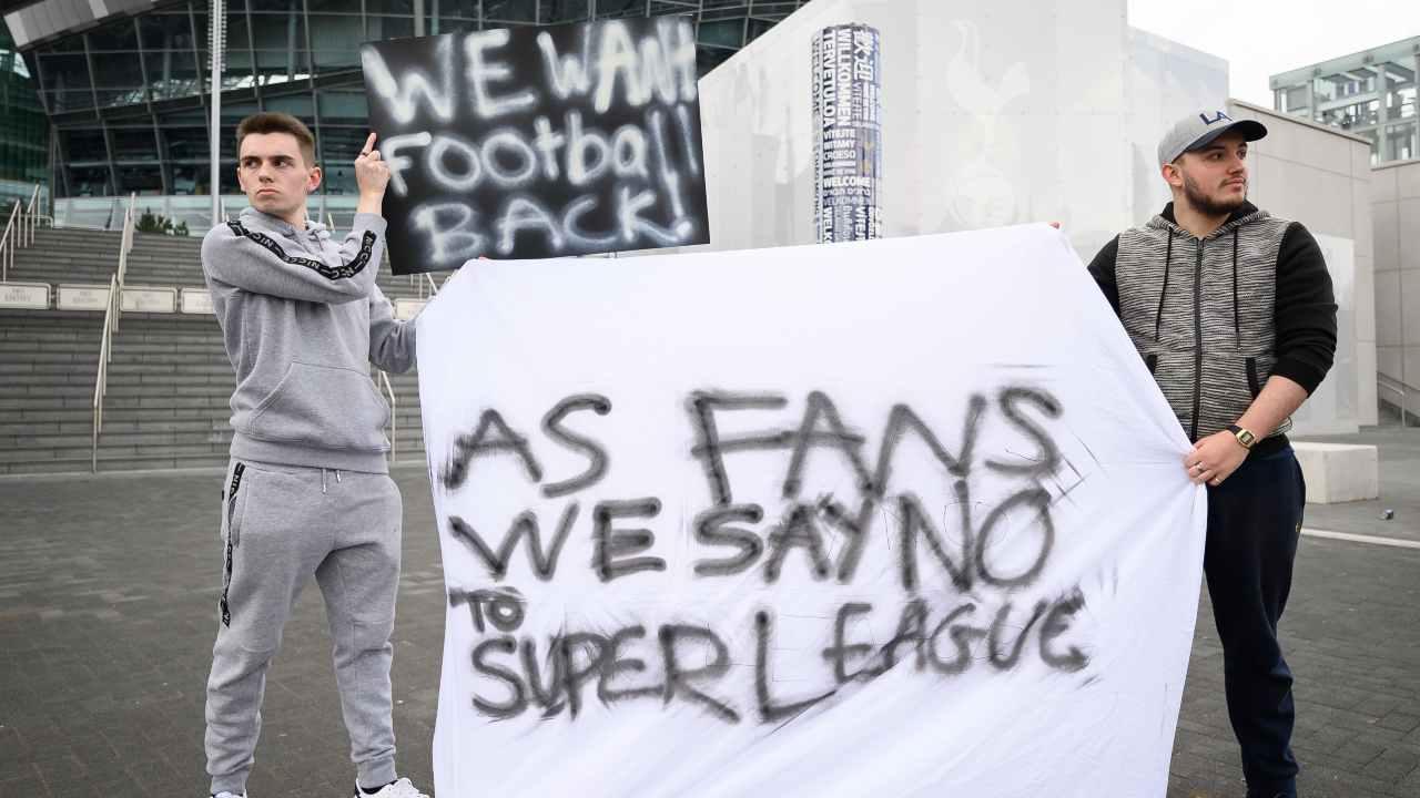 Super League Out, i tifosi prendono posizione sui social