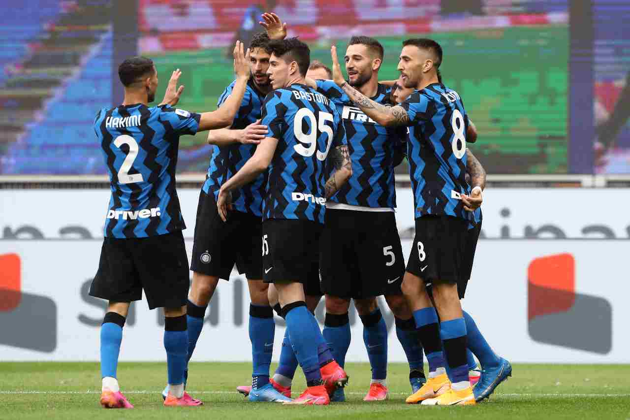 Bastoni Inter rinnovo