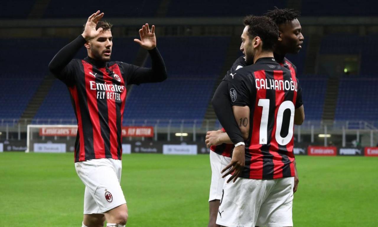 Calhanoglu centrocampista Milan