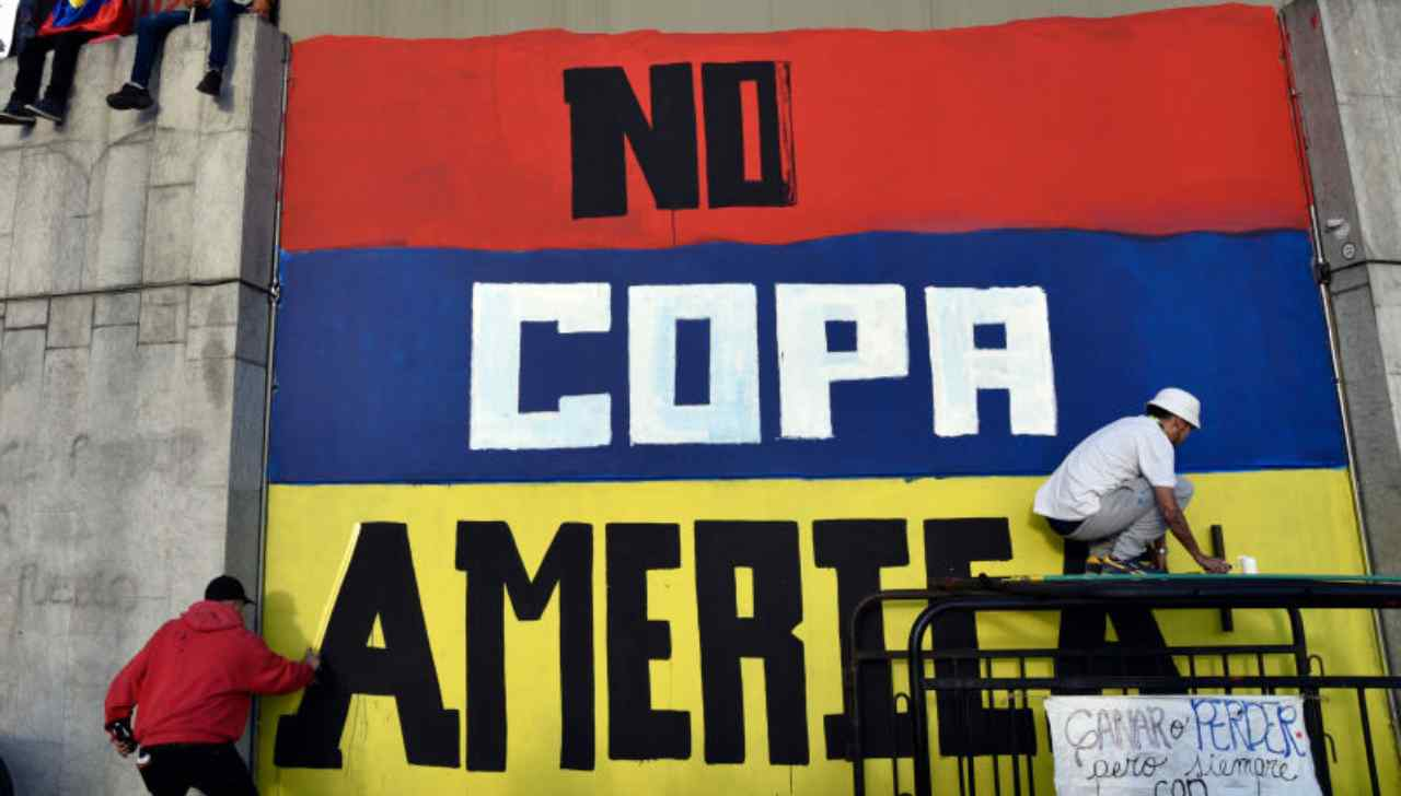 Copa America sospesa