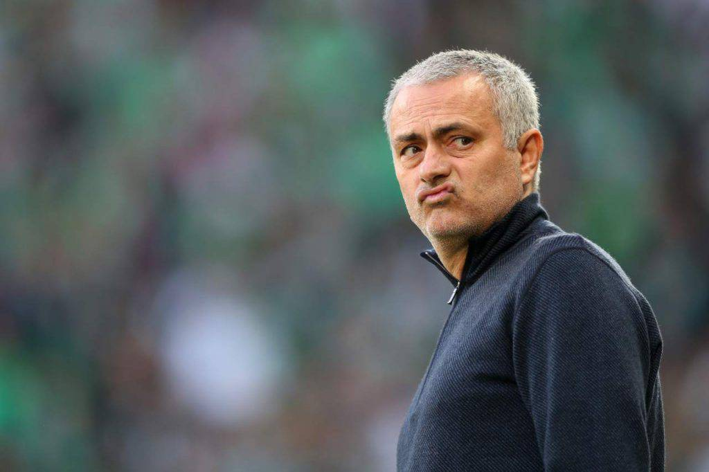 José Mourinho in panchina