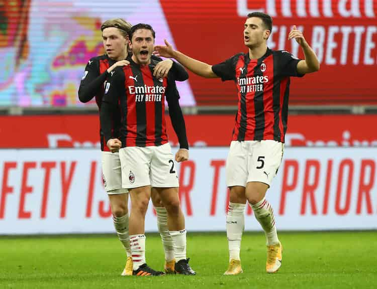 Nuove maglie Milan in arrivo (Getty Images)