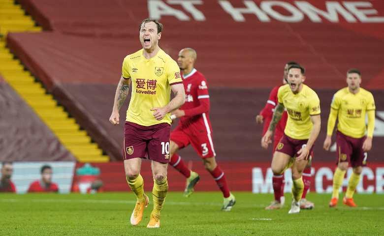 Burnley batte Liverpool