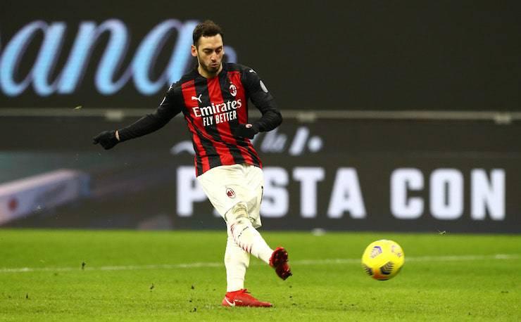 Calhanoglu all'Inter, primi sondaggi (Getty Images)
