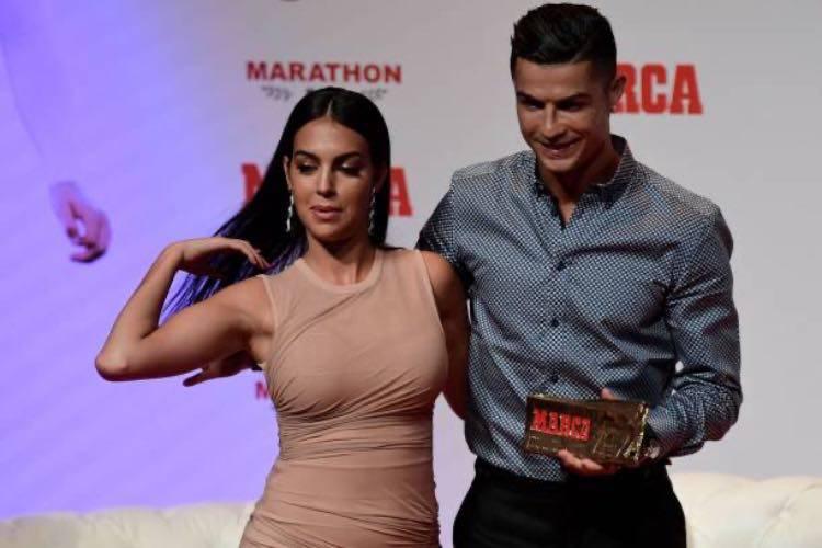 Ronaldo con la moglie Georgina
