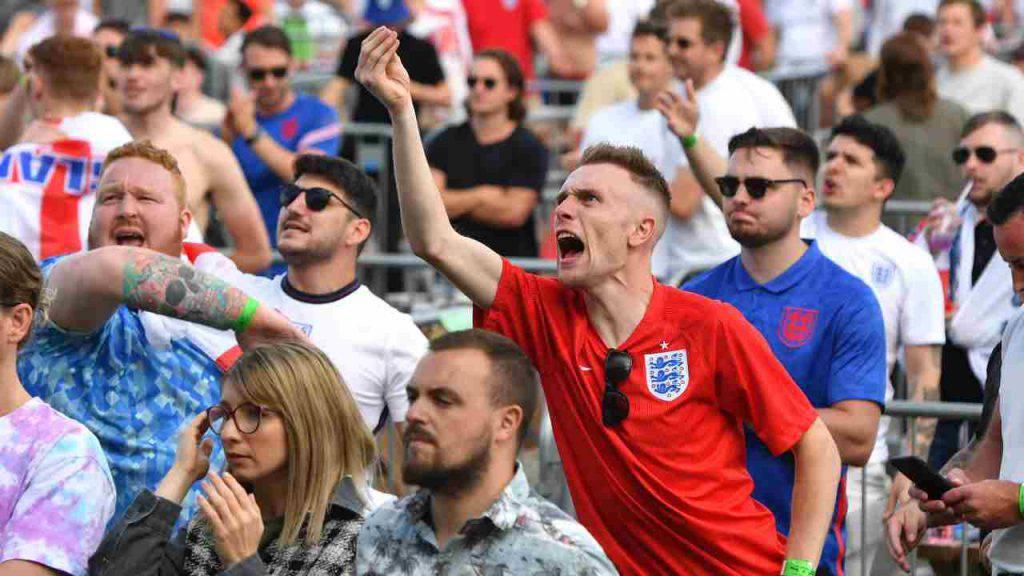 ucraina inghilterra tifosi
