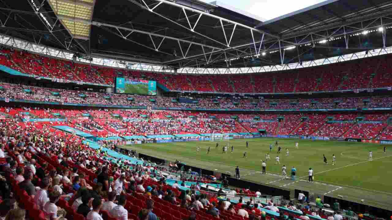 EURO 2020 Tifoso Inghilterra Wembley